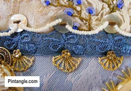 Buttonhole wheel stitch sample3