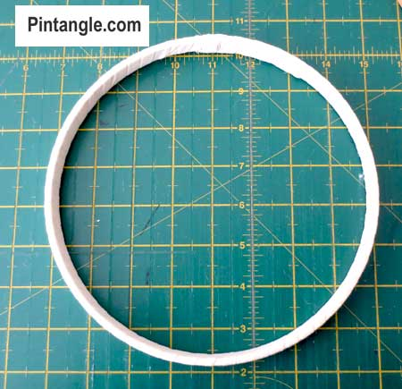 How to bind and use an embroidery hoop